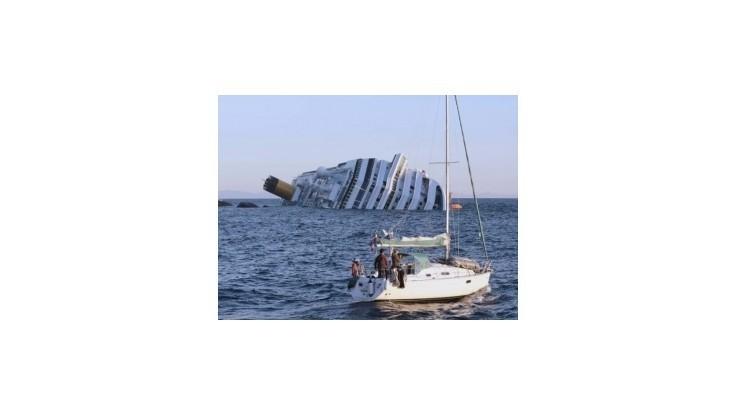 Za nehodu Costy Concordia môže kapitán aj firma