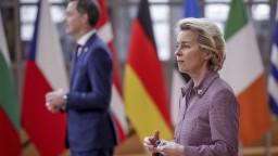 Summit EÚ bude bez šéfky eurokomisie, musí ísť do izolácie