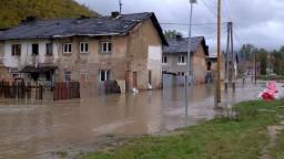 Ľudia sa vrátili do svojich obydlí, záplavy sa však môžu vrátiť