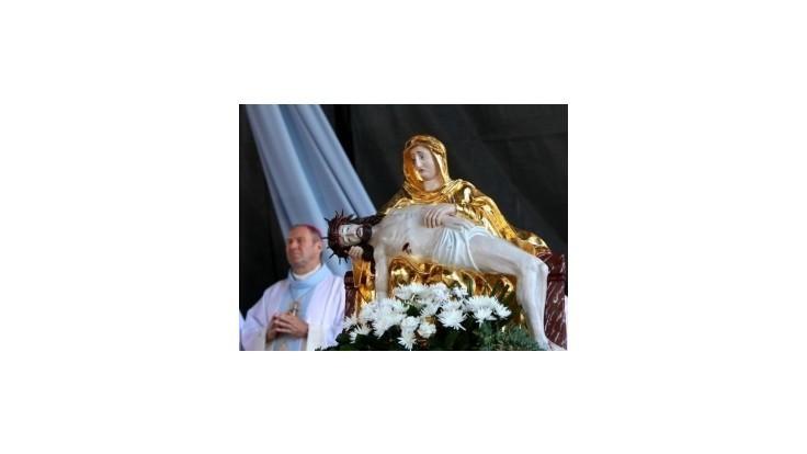 Veriaci chcú v Šaštíne vyjadriť podporu arcibiskupovi Bezákovi