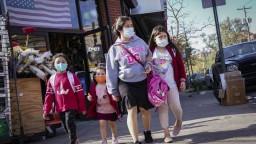 Celosvetovo sa infikovalo vyše 40 miliónov ľudí, najviac v USA