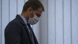 Máme prvú obeť medzi lekármi, oznámil premiér Matovič
