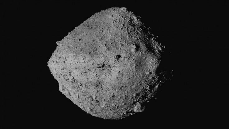 Podarilo sa. NASA získala vzorky z asteroidu, takto to vyzeralo