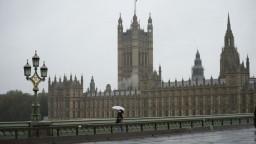 Veľká Británia je v problémoch, vláda chce regionálne opatrenia
