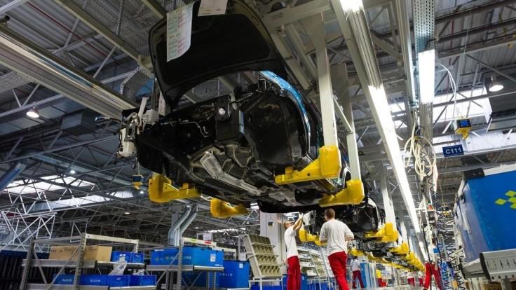 Žilinská automobilka musela pozastaviť výrobu, nedodali jej diely