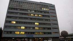 V Banskej Bystrici obmedzili operácie, pripravujú sa na testovanie