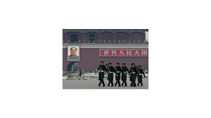 Čínska ekonomika tento rok vzrastie o 7,7 % až 7,8 %
