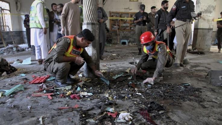 V škole vybuchla počas výučby bomba, hlásia obete i ranených
