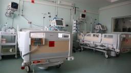 Nemocniciam nestačia covidové lôžka, najväčší problém je v Čadci