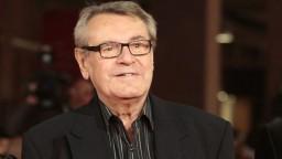 V ČR vyznamenali osem osobností, posmrtnú poctu má Forman