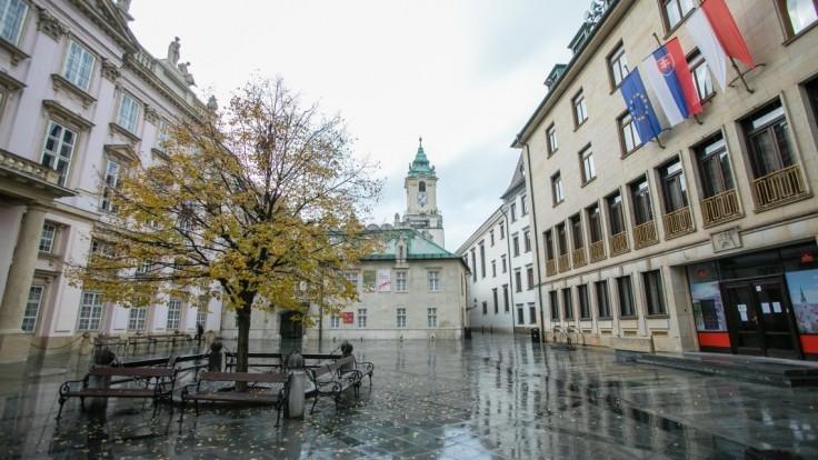 Testovať budú v Bratislave na stovkách miest. Pozrite si, kde