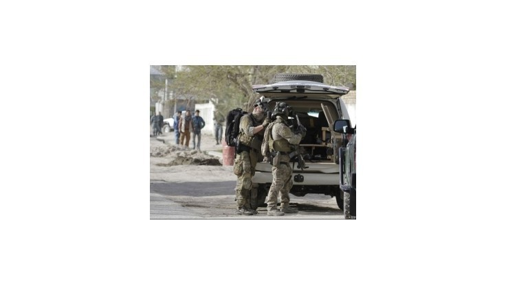 Afgánsky policajti zabili ďalších zahraničných vojakov