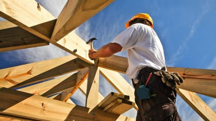 Premýšľate nad drevodomom? Vyberajte vyhovujúci konštrukčný systém a kvalitné dosky