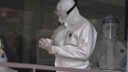 Obetí vírusu je opäť veľa, nových nakazených je pod dvetisíc