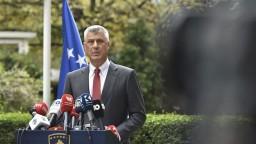 Takmer sto vrážd. Prezident Kosova odstupuje pre vojnové zločiny
