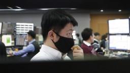 Japonské trhy stúpli kvôli čakaniu na výsledky volieb v USA