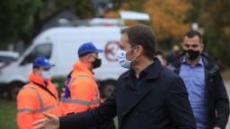 Premiér nevylúčil tvrdý lockdown, pripomenul novú povinnosť na hranici