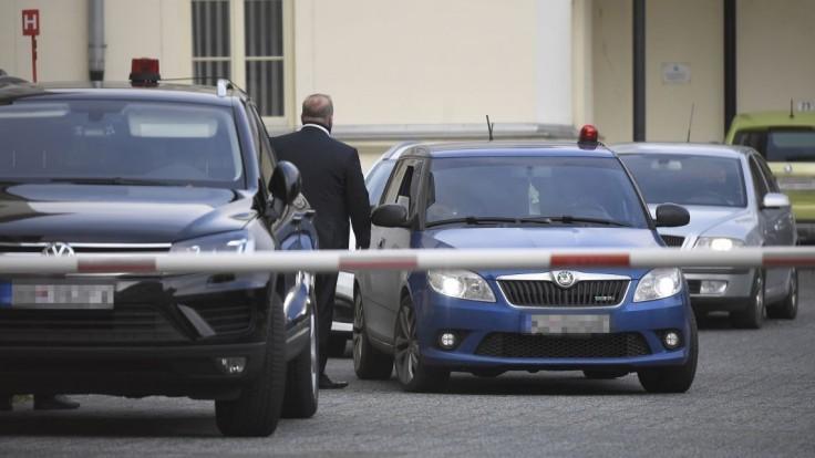 Akcia Víchrica: Sudcovi NS pozastavili výkon funkcie, sudkyni nie