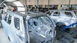 Náš priemysel sa po prvej vlne zotavuje, sú za tým najmä automobilky