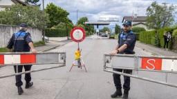 Macron a Merkelová vyzývajú po útokoch na reformu Schengenu