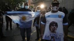 Maradona je v stabilizovanom stave, chce ísť do domácej liečby