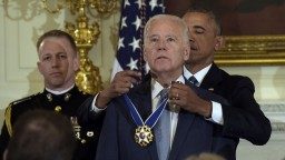 Obama podporil Bidenovu výhru, republikánov naopak kritizoval