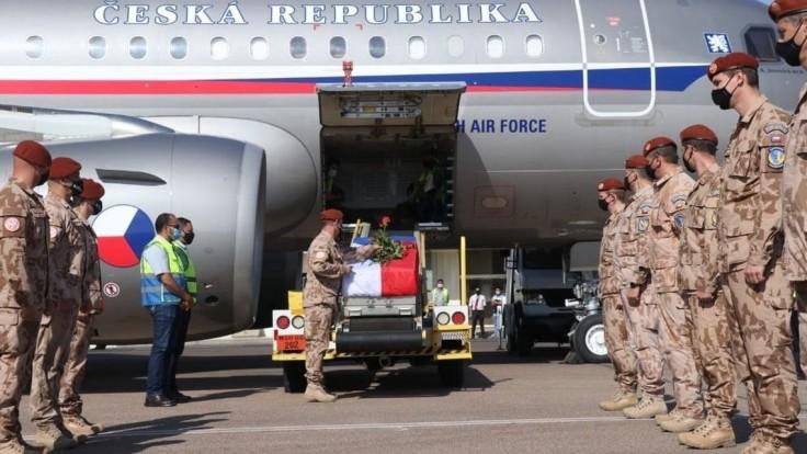Vojačke, ktorá zahynula pri misii, udelia in memoriam medailu