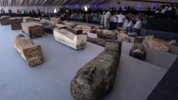 Vedci ukázali vzácny nález. Našli stovky zachovalých sarkofágov