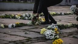 Za slušné Slovensko oslavuje po svojom, námestia zaplnili kvety