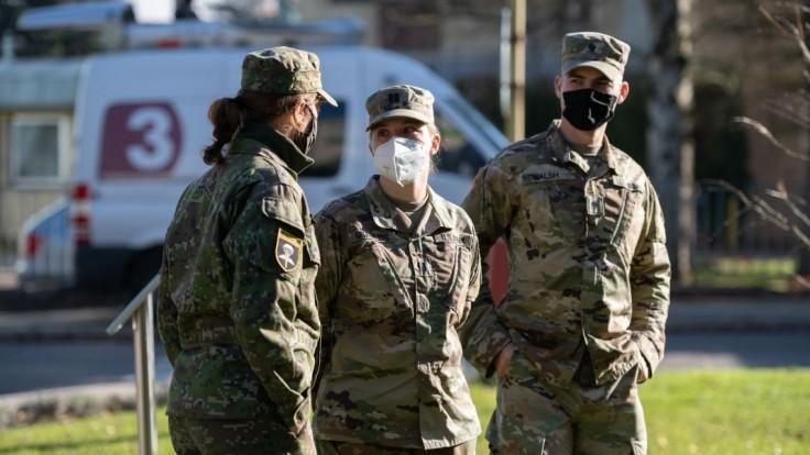 S ďalším veľkým testovaním môžu pomôcť tisícky vojakov