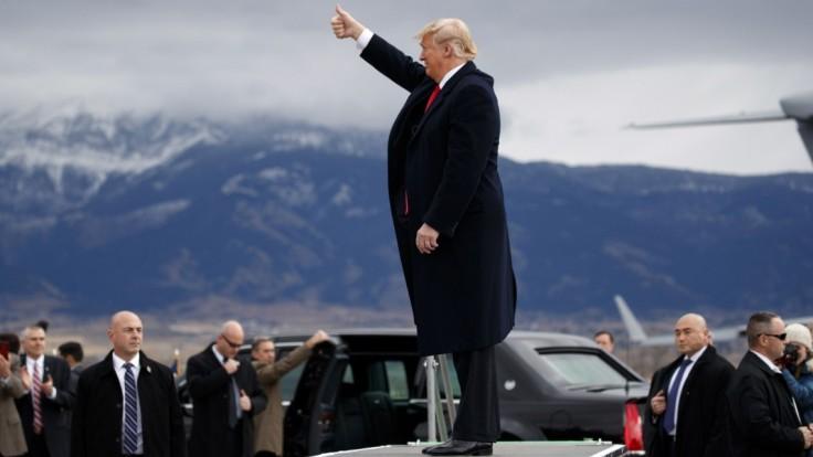 Je trápny, myslí si Zeman o Trumpovej snahe. Sám ho podporoval