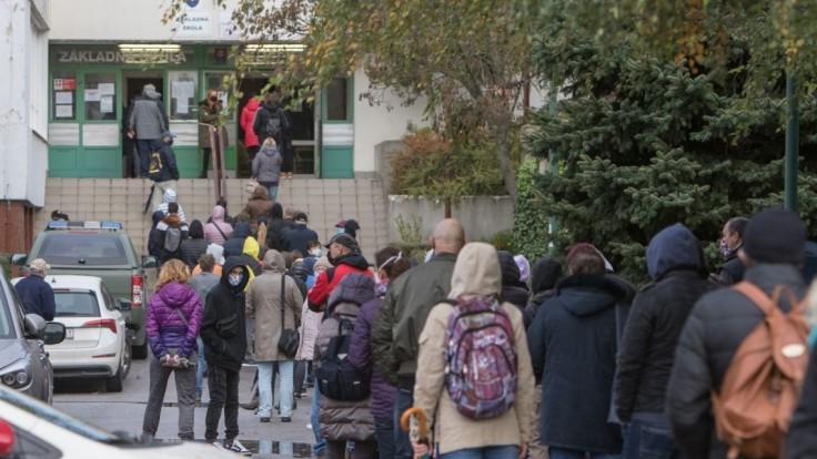Mestá žiadajú preplatenie nákladov pri testovaní, spoluprácu nevylúčili