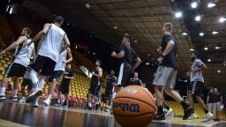 Basketbalová reprezentácia sa chystá na zápasy, odohrajú ich v bubline