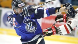 Fínsky tréner zažil víťazný debut, Poprad prišiel o prvú priečku
