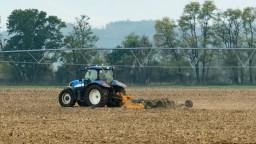 Poľnohospodári vidia problémy v agrorezorte, napätie pretrváva