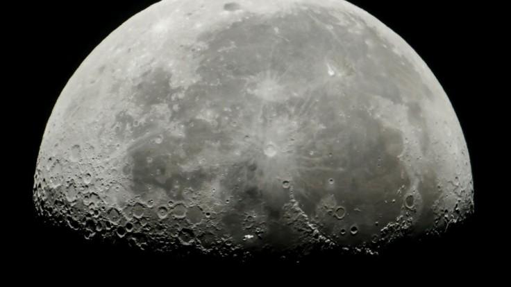 Po desaťročiach pošlú sondu po mesačné horniny. Je za tým Čína