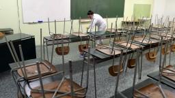 Deti sa do škôl tak skoro nevrátia. Takýto je postoj poslancov