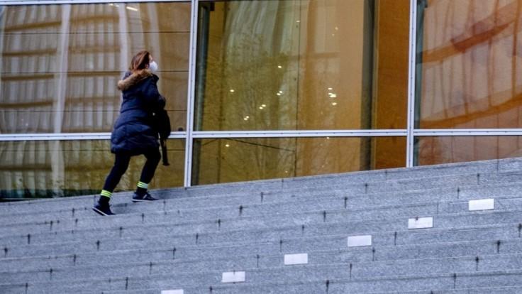 Odvod pre banky sa zruší, po novom ušetria stovky miliónov eur
