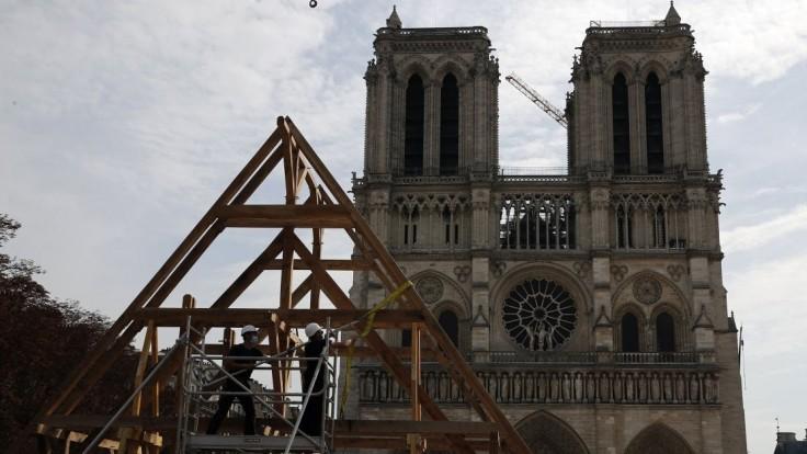 Obnova Notre-Dame pokračuje, z Paríža hlásia prelomový bod