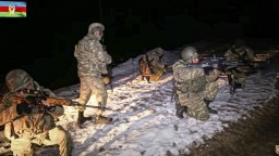 Azerbajdžanská armáda vstúpila do Kalbadžaru, Rusi vraj zostanú dlhšie