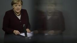 Prísne opatrenia v Nemecku podľa Merkelovej zabránili kolapsu