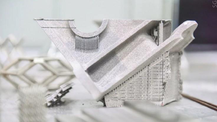 Uhlíkové nanovlákna dokážu zvýšiť tvrdosť 3D tlačeného hliníka
