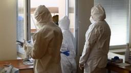 Máme už vyše 770 obetí nákazy, nárast nových prípadov je stabilný