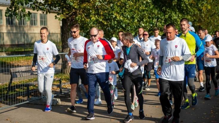 Účastníci charitatívneho behu No Finish Line nabehali 26 007 kilometrov