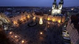 V Česku uvoľňujú opatrenia. Skončí i zákaz nočného vychádzania
