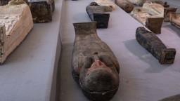 V Egypte našli vyše sto sarkofágov, ich vek odhadujú na 2500 rokov