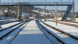Nové vlakové spojenia nevypravia, dopravcovi chýbajú peniaze