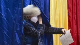 Rumunsko si volilo parlament, prvé odhady sú tesné
