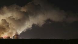 Greenpeace apeluje na Matoviča, začal protest pred úradom vlády