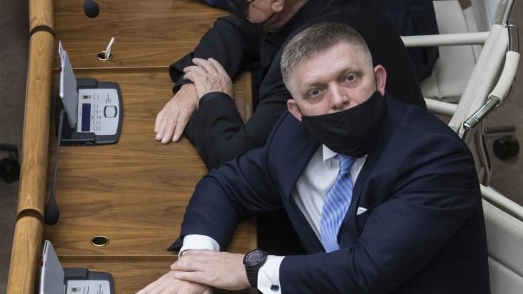 Zavádzajúce a nepravdivé, reagujú prokurátori na tvrdenia Fica